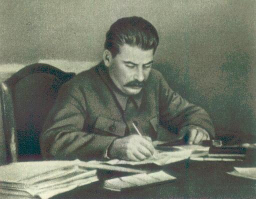 http://supol.narod.ru/archive/books/Stalin/Photos/STALIN9.JPG